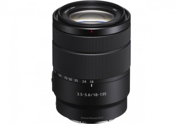 Sony SEL18135 E-mount  FF lens 18-135 rzoom